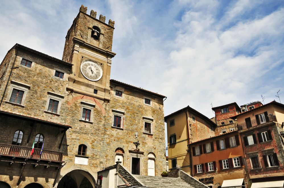 Medieval towers in Cortona city center   Films set in Tuscany   Tuscan wanders travel blog