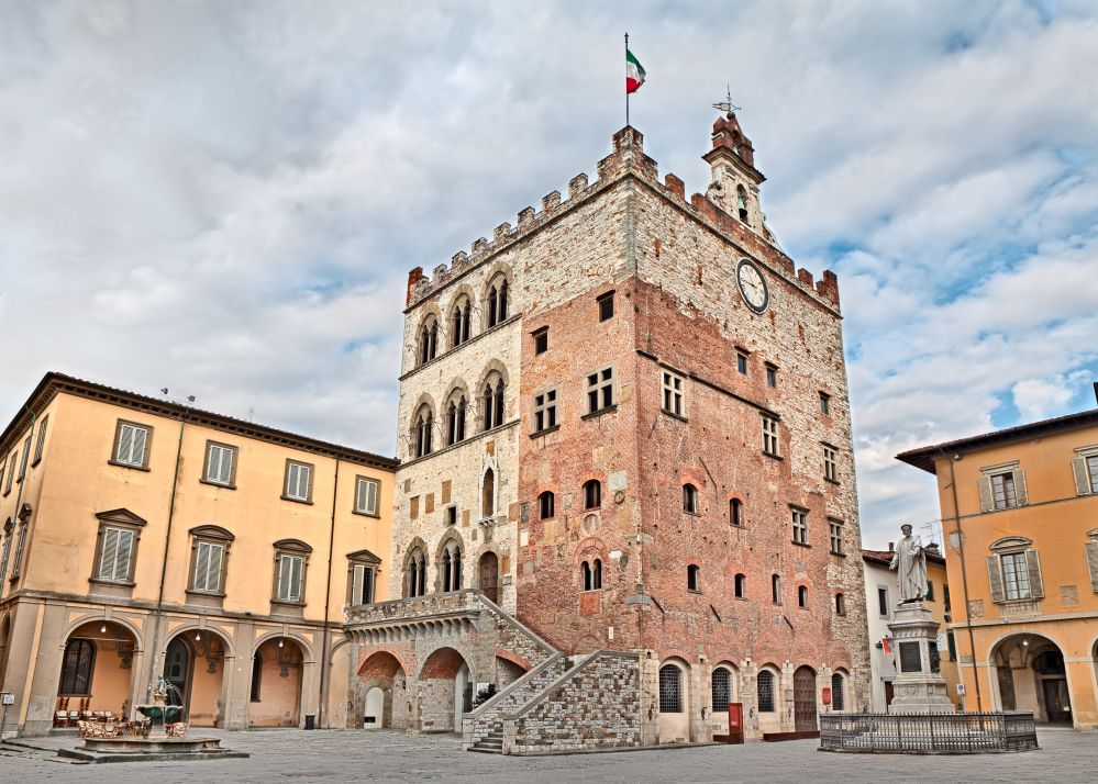 Prato town house testifies its medieval origins | Best towns to visit in Tuscany | Tuscan Wanders Travel Blog