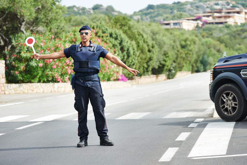 A Carabinieri road block | Drinking and driving in Italy