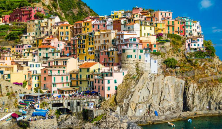 Manarola, perched on a cliff