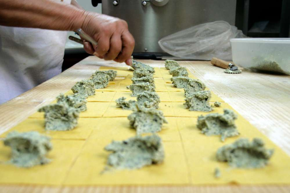 The making of tortelloni in Florence | Day trips from Florence