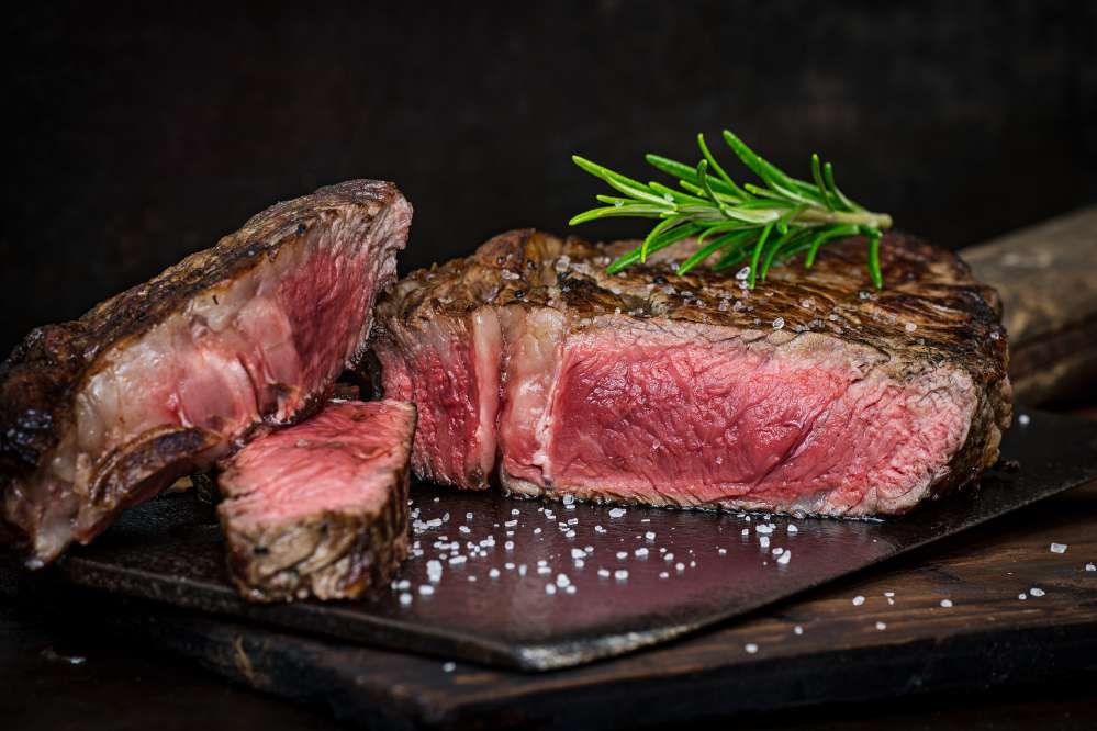 A Florentine steak with the right cooking   Florentine steak Florence