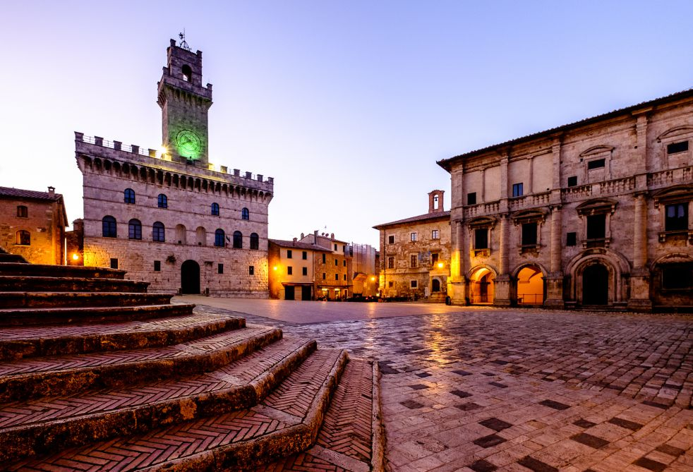 Montepulciano city center at Dusk   What to see and do in Montepulciano