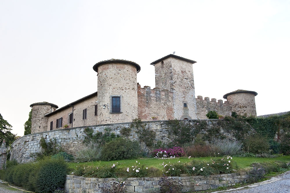 Castello di Gabbiano angled view of the round medieval towers