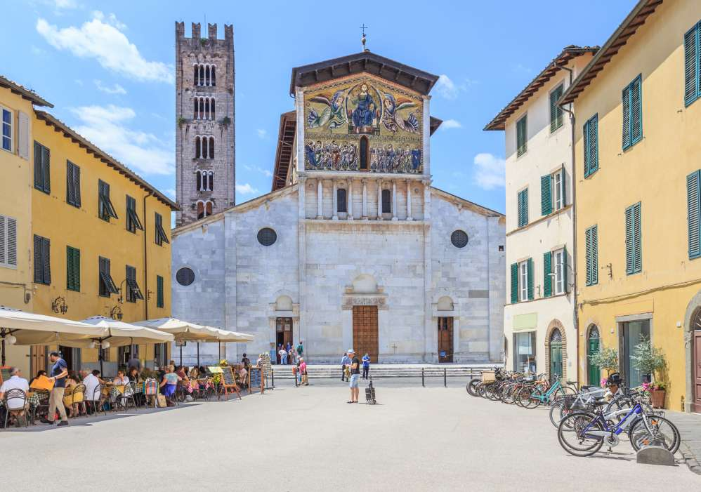 Front view of the San Frediano Basilica in Lucca