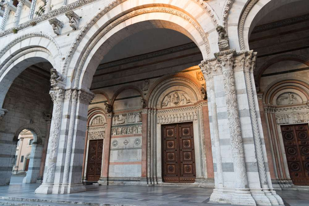 The arches at the entrance of the Lucca Cathedral